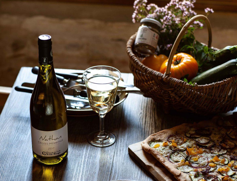 Pizza ourgettes et zaatar, cuvée Nathan, vin blanc Crozes Hermitage