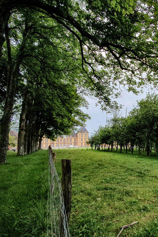 Le domaine de Merval à 30 minutes de Neufchâtel, une ferme lycée agricole