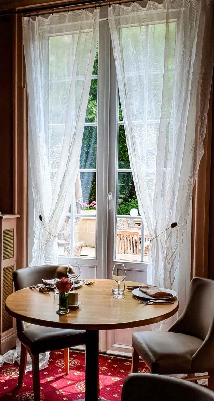 Le restaurant Les Airelles sur la Route des Fromages de Normandie à Neufchâtel