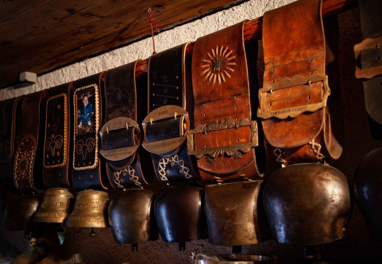Cloches de vaches de concours en savoie ferme Agnellet