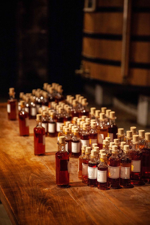 Les coupes 1 ères et les coupes mères lors de l'assemblage d'eaux-de-vie chez Cognac Hennessy