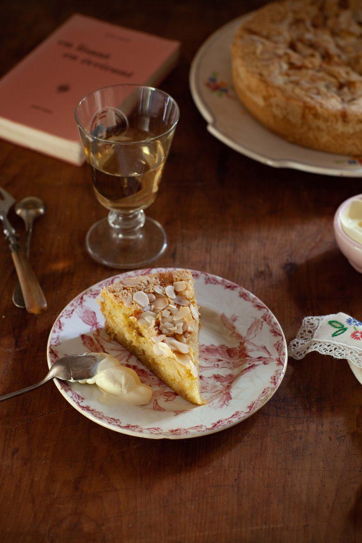 Le gâteau aux amandes, un petit verre de vin de Vouvray moelleux Clos Naudin,