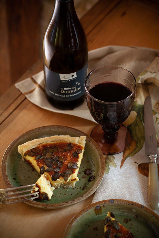 Tarte au fromage et vin Saint Nicolas de Bourgueil La Belle du Domaine