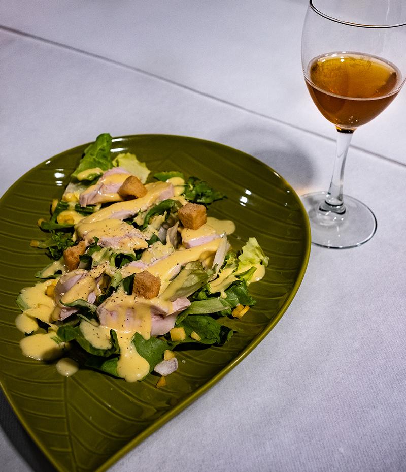 Salade César au kaki Ribera del Xùquer