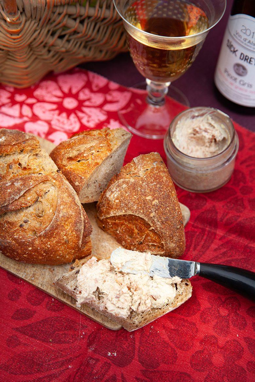 Effiloché de canard Montfort et pain au levain