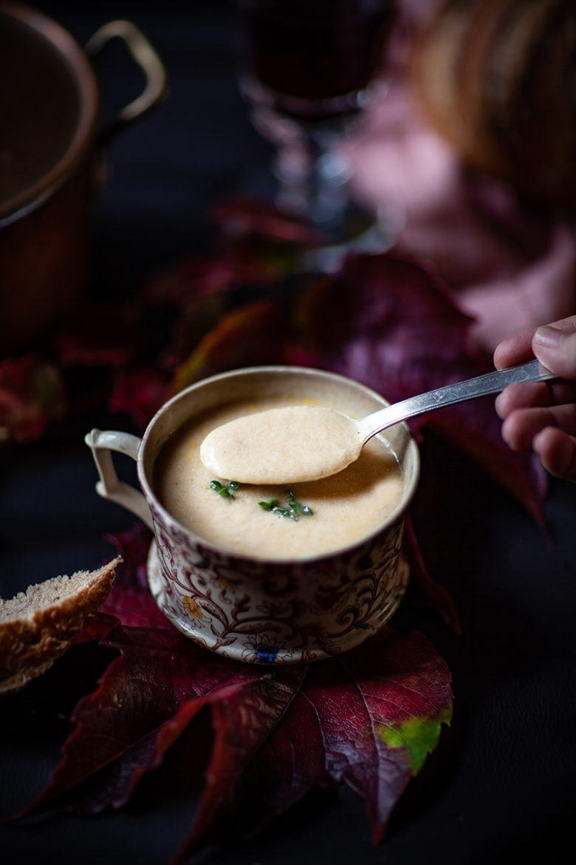 Déguster un velouté de poulet crémeux recette facile à réaliser sans lactose et légère