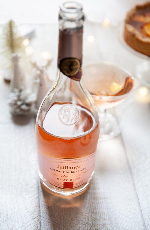 Bouteille de crémant brut rosé Jaillance, la Cuvée de l'abbaye