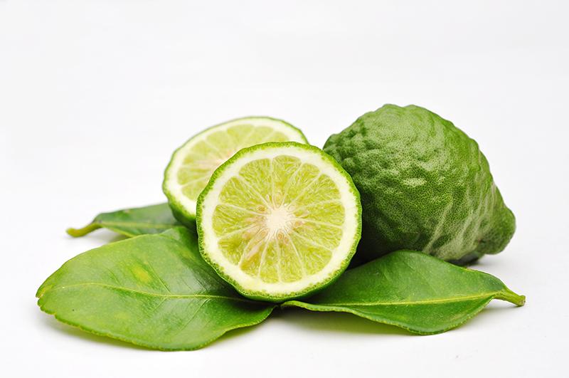 le cumbava ou kombava, citrus hystrix