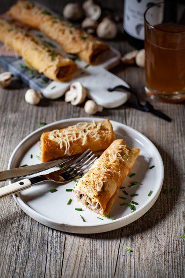Ma recette des ficelles Picardes, des crêpes salées au jambon et aux champignons à la crème