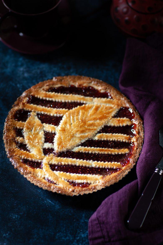 Ma recette de Linzertorte ou tarte à la confiture de framboise autrichienne