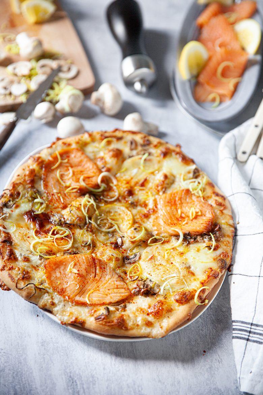 Ma recette de pizza au saumon fumé et au chèvre frais