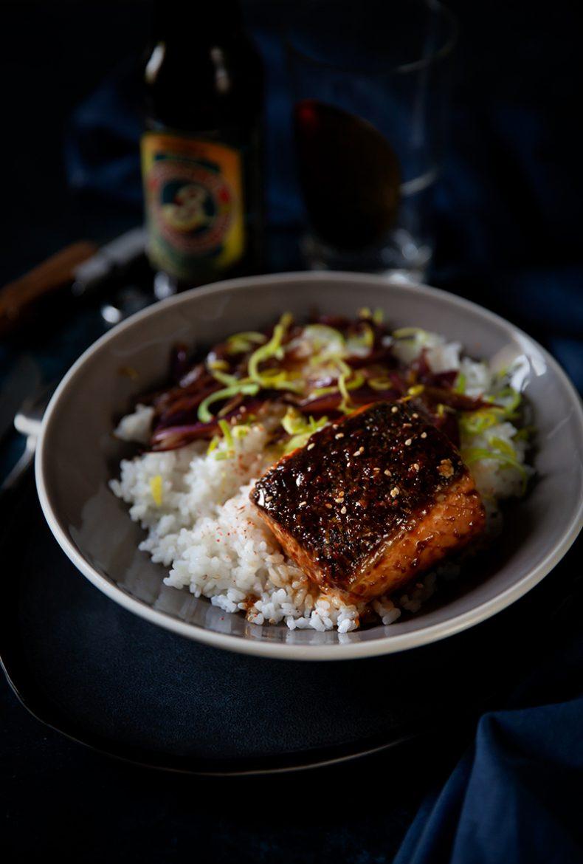 Recette de saumon teriyaki et confit d'oignons