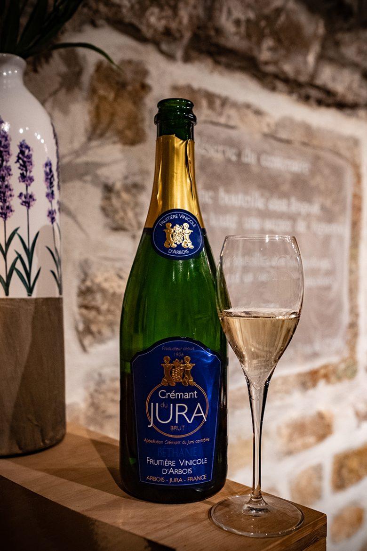 """Le crémant """"vin jaune"""" de la Fruitière Vinicole d'Arbois"""