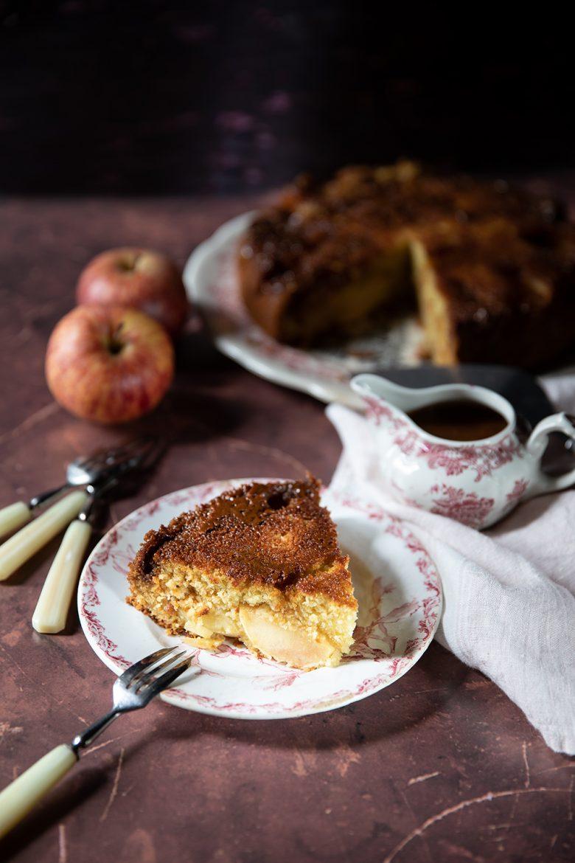 Ma recette de gâteau aux pommes, noix de coco et caramel beurre salé