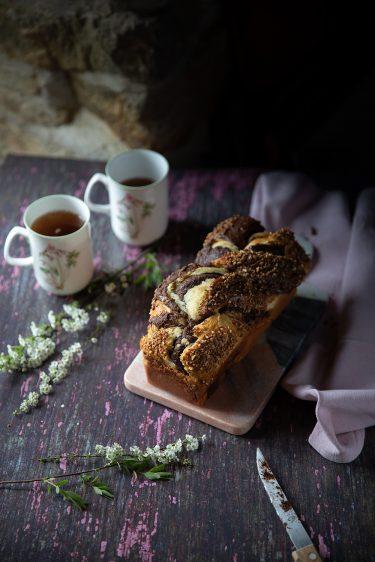 Babka au chocolat ou brioche tressée fourrée à la nocciolalta, la recette de la babka comme un kranz