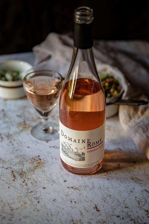 Bouteille de Beaujolais rosé domaine Romy, rosé Impérial