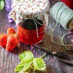 Ma recette de confiture peu sucrée confiture de fraises à la rhubarbe