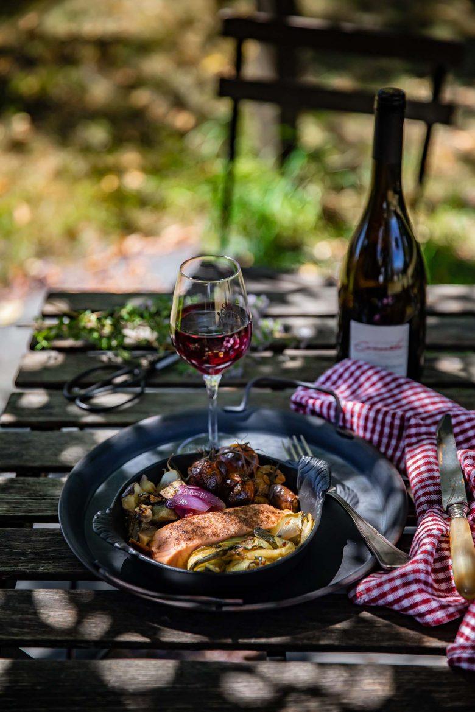 Ma recette de légumes confits au four et de saumon au sumac, accompagné d'un Saint-Nicolas de Bourgueil rouge, le Concerto