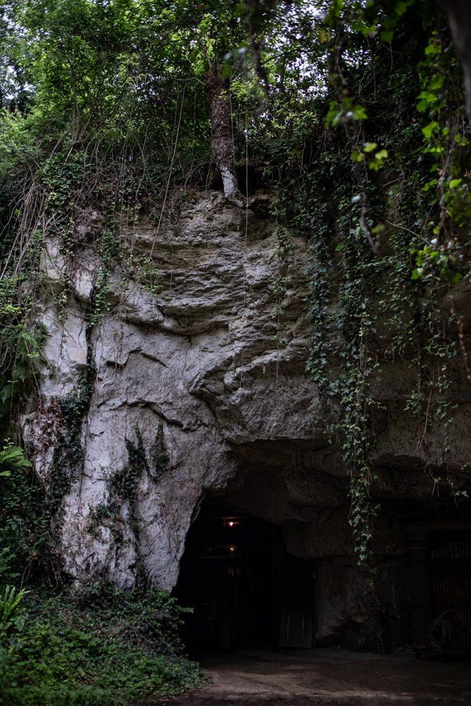 Les caves de tuffeau de Saint-Nicolas-de-Bourgueil