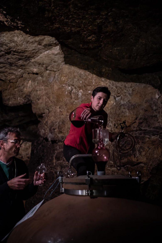 Xavier Amirault nous fait goûter son Clos des Quarterons élevé en oeuf d'argile, Saint-Nicolas-de-Bourgueil