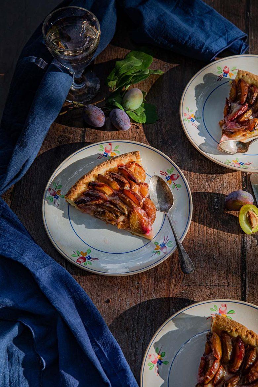 Tarte aux prunes, la recette avec de l'amande.