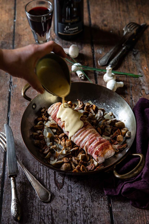 Recette de rôti de filet mignon au lard et à la moutarde