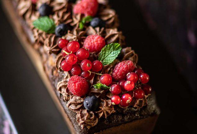 Ma recette de gâteau marbré au chocolat et fruits rouges, sans sucre ajouté