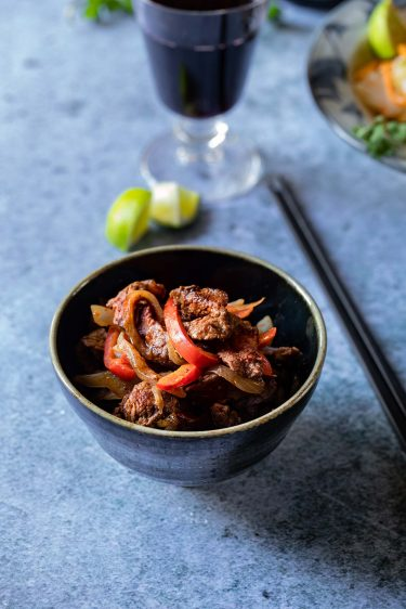 Sauté de boeuf, poivron et oignons, recette chinoise