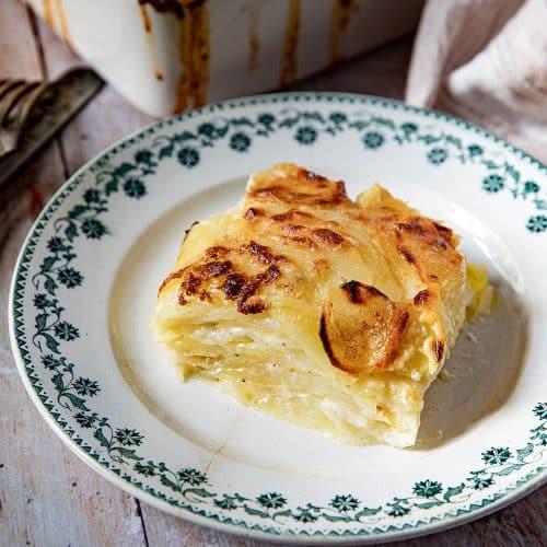 Les couches du gratin Dauphinois, la recette traditionnelle du gratin Dauphinois