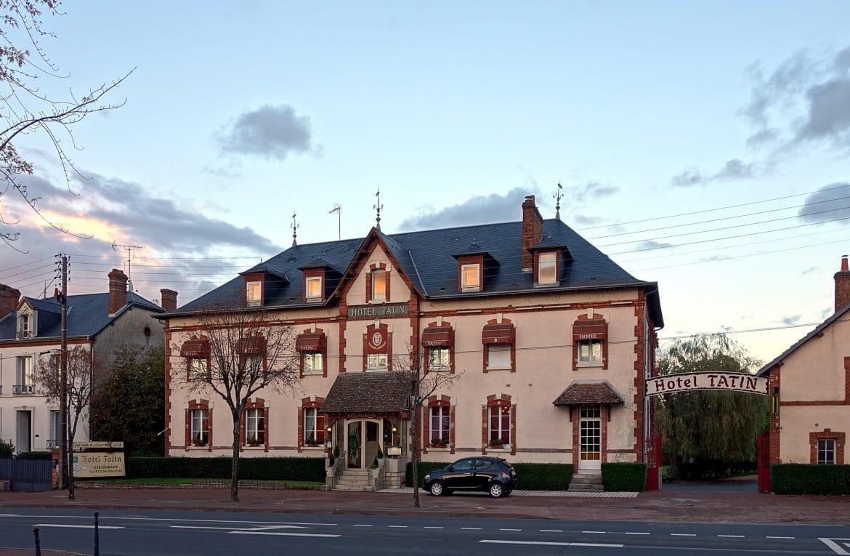 Hôtel Tatin, Lamotte Beuvron, lieu de la recette de la Tarte Tatin encore cuisinée selon les soeur Tatin