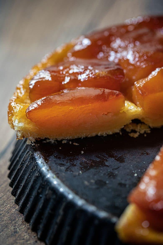 Tarte tatin , ma recette aux pommes fondantes et confites dans le caramel