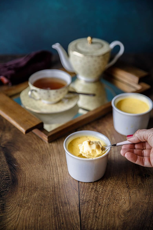 Recette gourmande de crème aux oeufs à la vanille de Tahiti, crème cuites au four