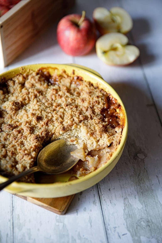 Recette traditionnelle de crumble aux pommes