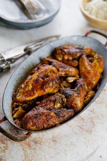 Recette d'ailes de poulet rôties et confites au four à la rhubarbe