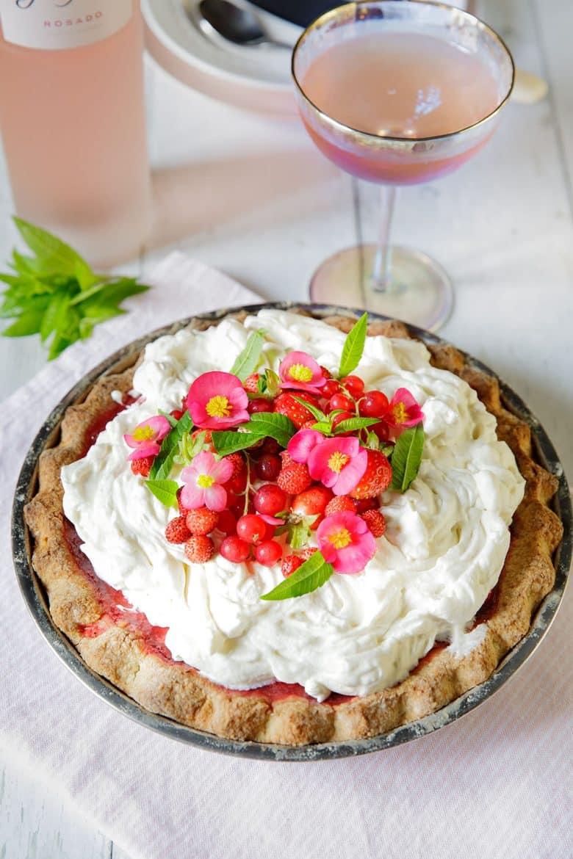 Recette de tarte aux fraises, au chèvre frais et chantilly