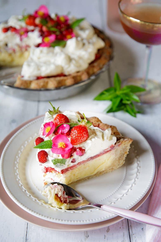 Recette de tarte aux fraises, chèvre frais et chantilly