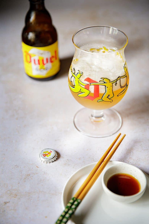 Bière 666 de Duvel et le verre de sa première sortie